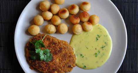 Kikärtskotletter med potatiskroketter och bearnaisesås
