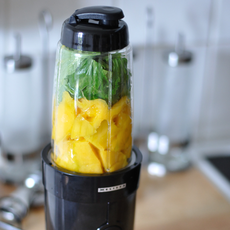smoothie mango spenat