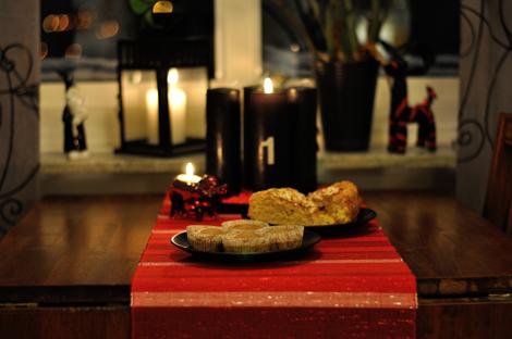 Saffranskaka, pepparkaksmuffins och det första adventsljuset tänt