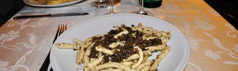 Hemmagjord pasta med tryffel från Arancia Blu