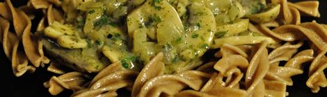 Fire roasted pasta och pastasås med svamp och vin